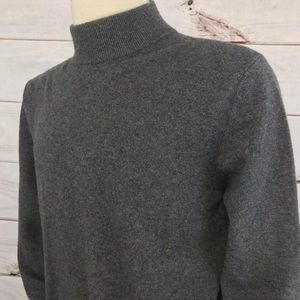 Lands' End Gray Cashmere Sweater Size Large 42-44